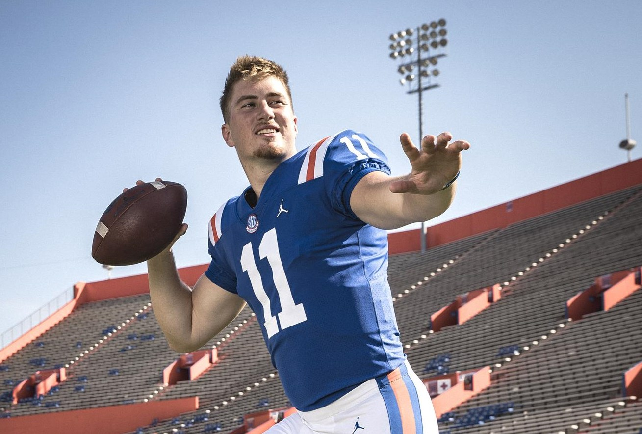 Gators Reveal 1960s Throwback Uniforms for Homecoming Weekend ...