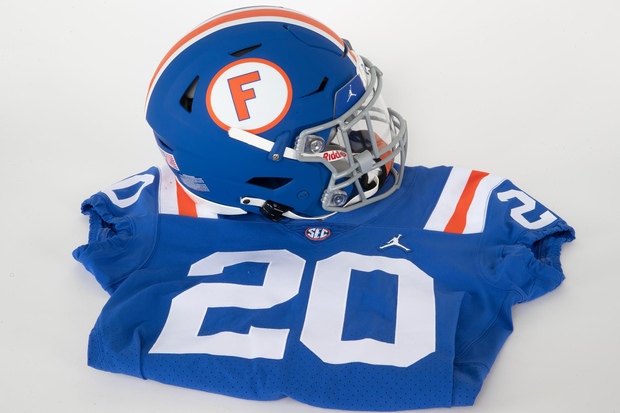 Gators to Wear 1960s Throwback Uniforms for Homecoming Weekend ...